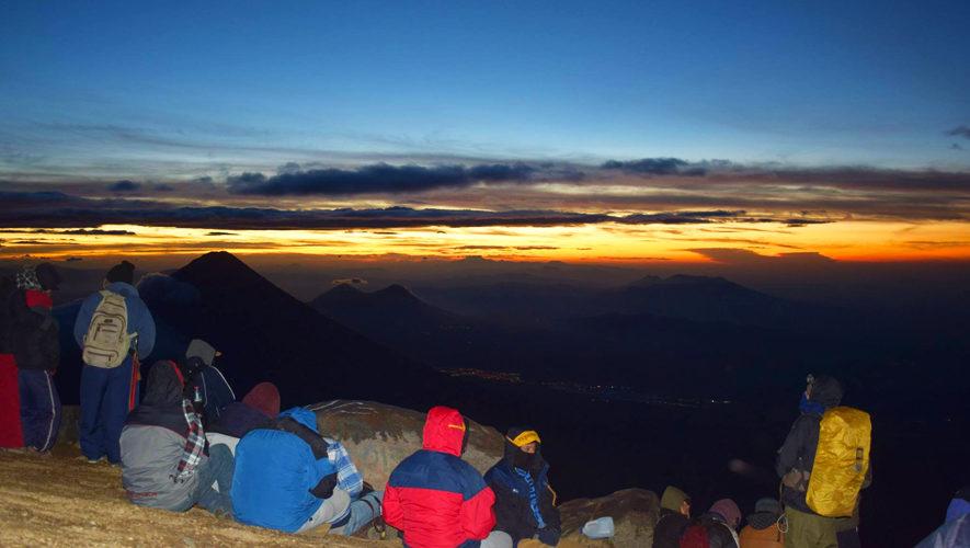 Reto 37 Cumbres: Ascenso al volcán Acatenango | Noviembre 2017
