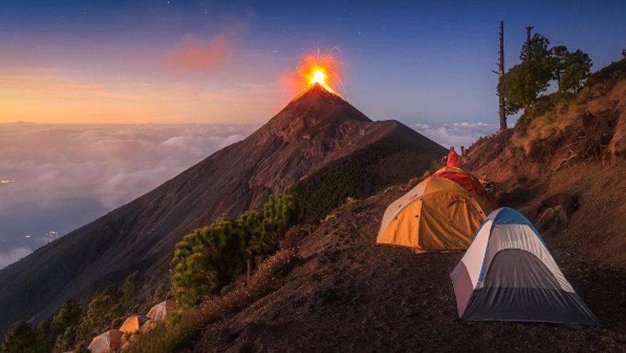 Campamento frente al Volcán de Fuego | Noviembre 2017