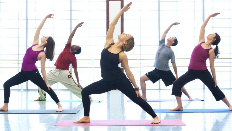 Clase de Yoga con desayuno en Parque Las Américas | Diciembre 2017