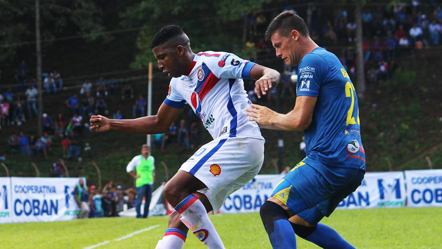 Partido de ida Cobán y Xelajú por los cuartos de final de Torneo Apertura | Noviembre 2017