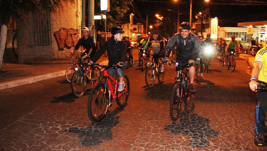 Colazo nocturno en bicicleta con los Hermanos Padilla   Noviembre 2017