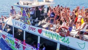 Fiesta en barco de Año Nuevo en Lago de Atitlán | Diciembre 2018