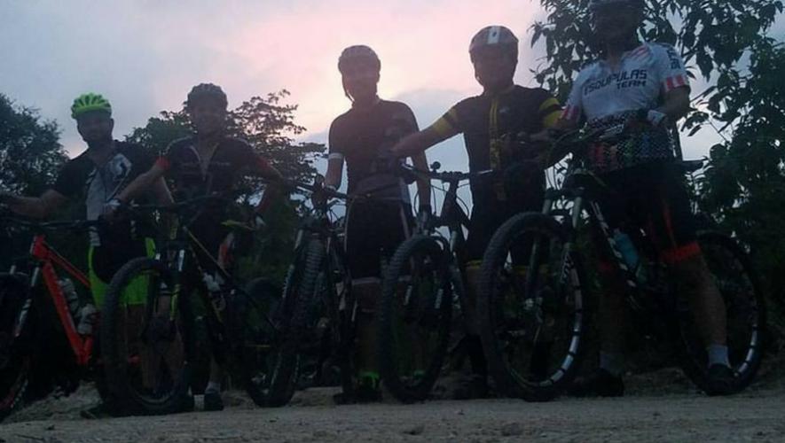 Paseo nocturno en bicicleta en Chiquimula | Noviembre 2017