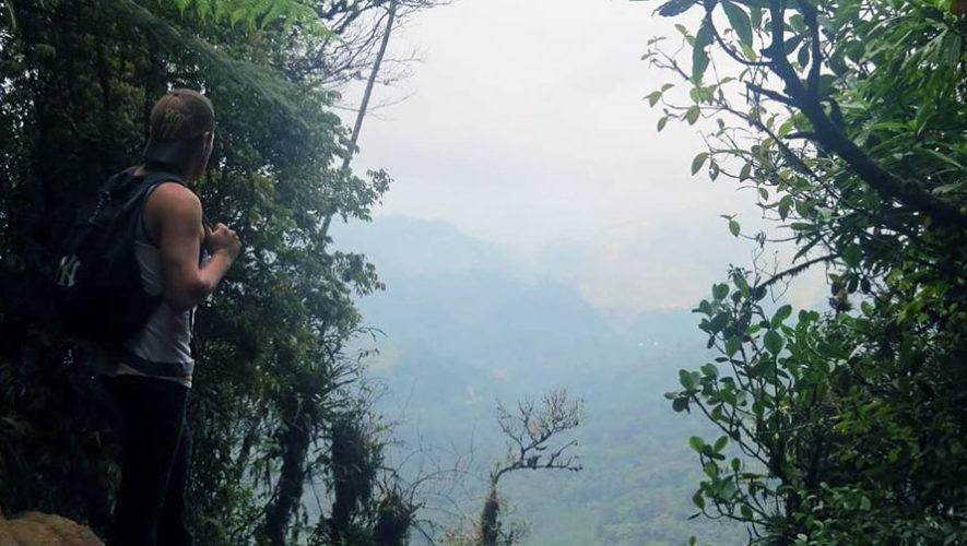 Senderismo en el Biotopo del Quetzal   Diciembre 2017