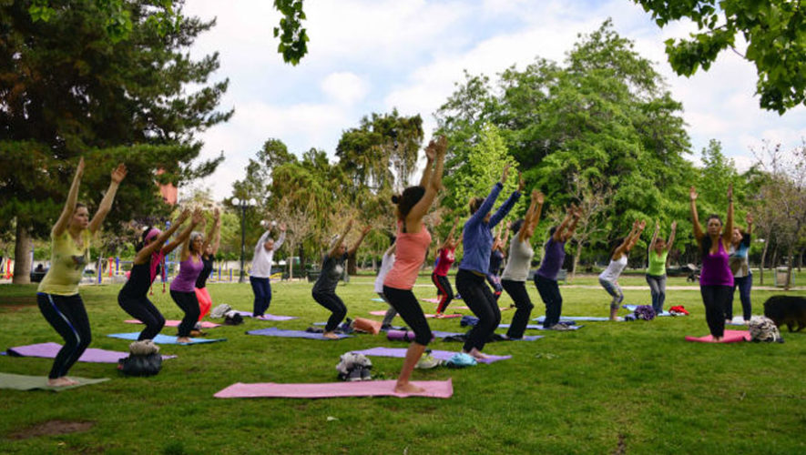 Yoga al aire libre en Museo Miraflores | Diciembre 2017