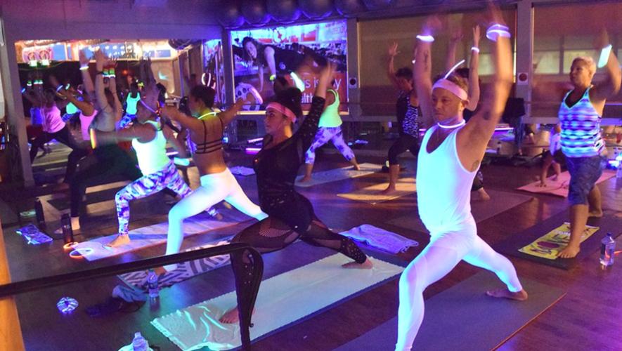 Noche de Yoga experimental en Core Yoga | Diciembre 2017