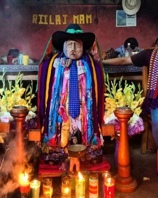 Tradiciones religiosas Maximón
