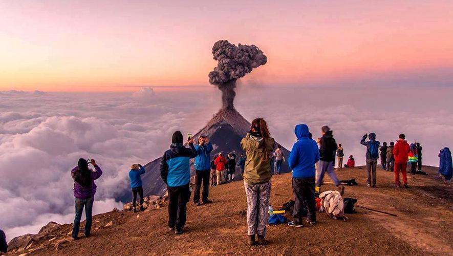 Ascenso nocturno al volcán Acatenango | Fin de Año 2017