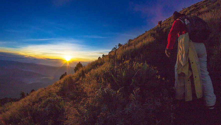 Ascenso nocturno al volcán Acatenango | Diciembre 2017