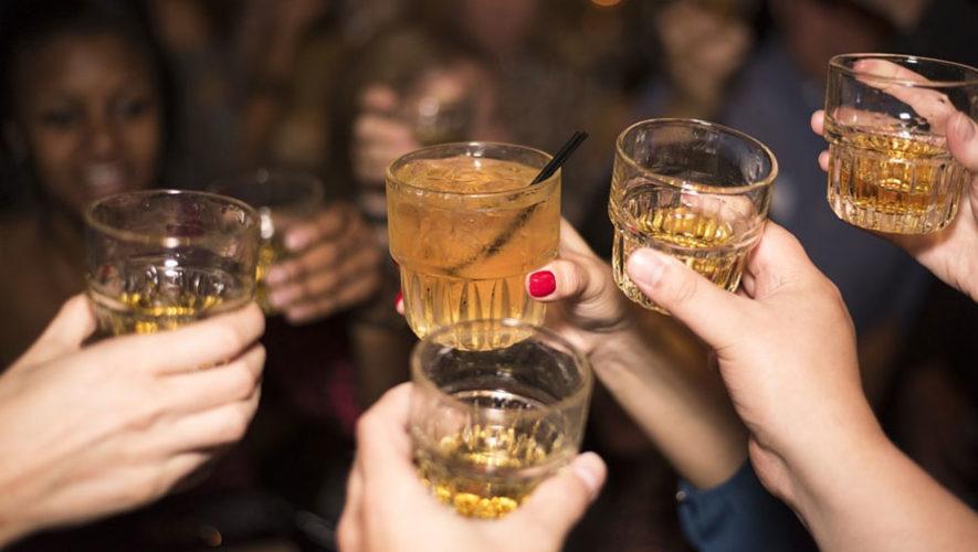 Fiesta de All You Can Drink en el Centro Histórico   Diciembre 2017