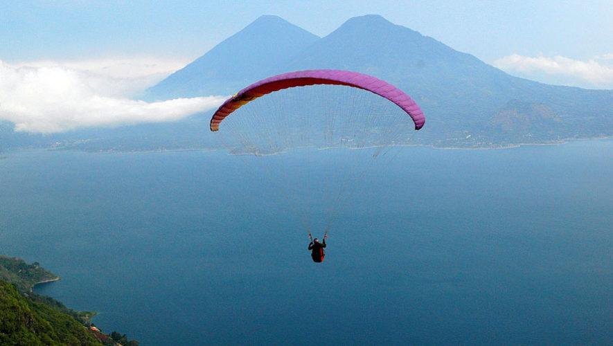 Viaje para realizar parapente sobre el Lago de Atitlán