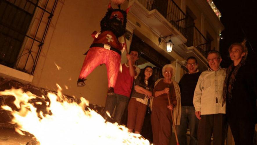Quema del Diablo en Los Tres Tiempos   Diciembre 2017