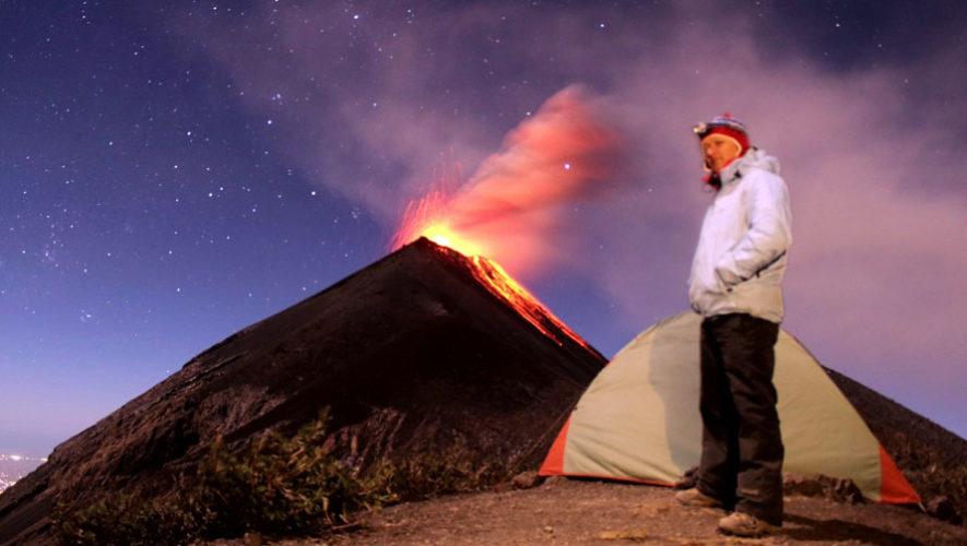 Ascenso nocturno al Volcán de Fuego | Enero 2018