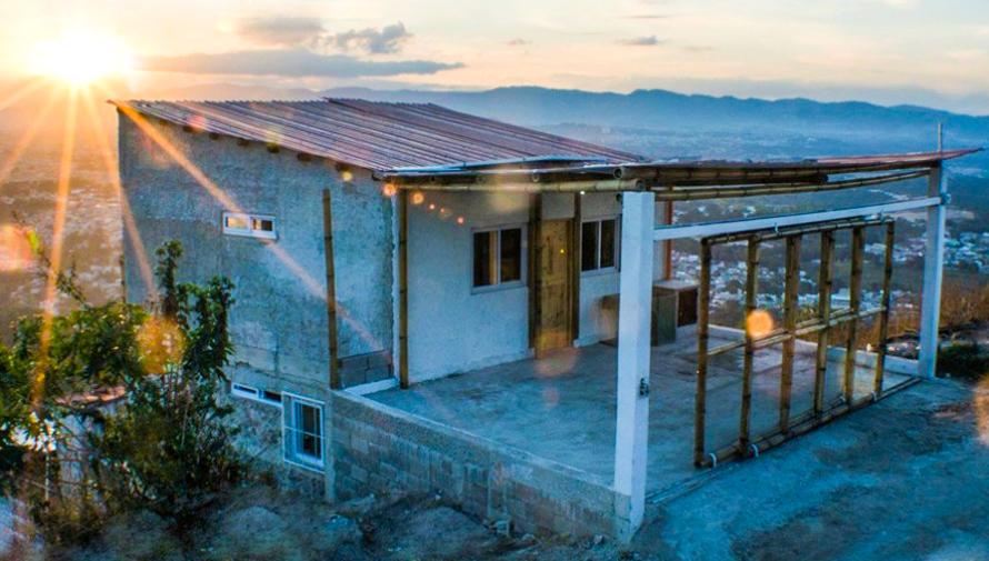 Cassa, empresa construye casas autosostenibles y ecológicas en Guatemala