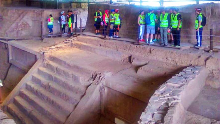 Recorrido en bicicleta por sitios arqueológicos mayas   Julio 2018