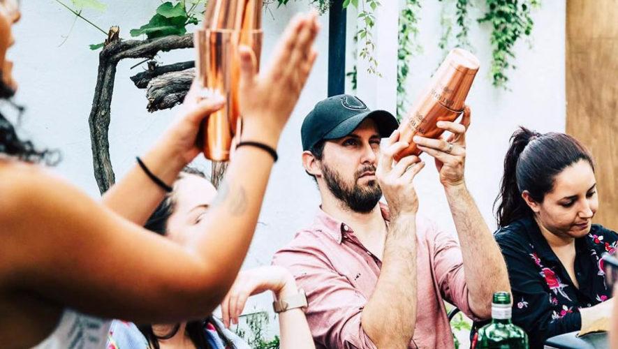 Curso para aprender a hacer cocteles en Antigua Guatemala | Julio 2018