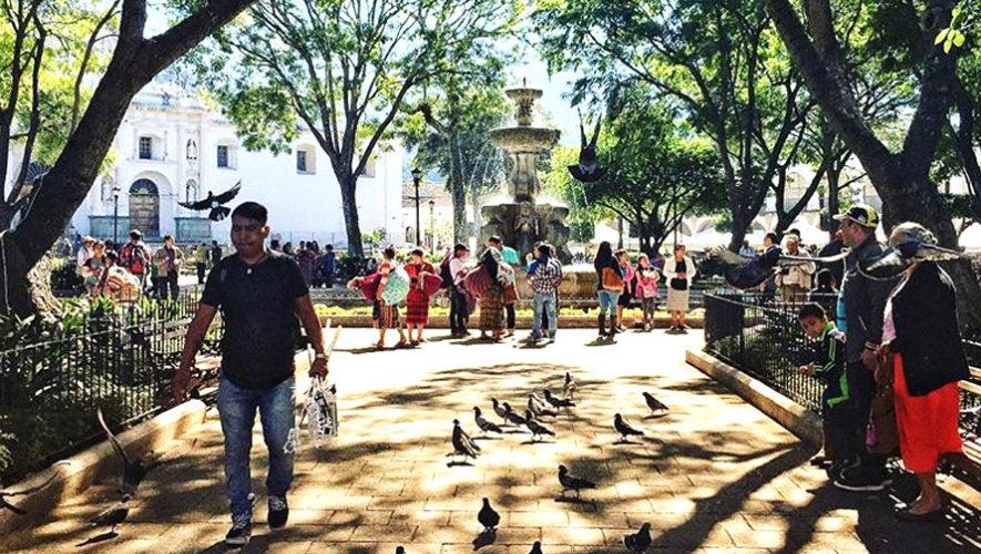 Concierto benéfico alrededor del Parque Central de Antigua | Junio 2018