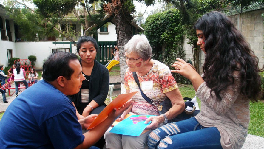 Charla para ser voluntario de una ONG en Antigua Guatemala   Julio 2018