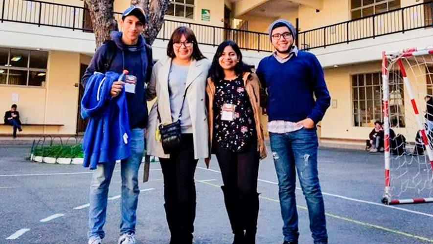 Estudiantes de la USAC representan a Guatemala en competencia de Debate en Chile