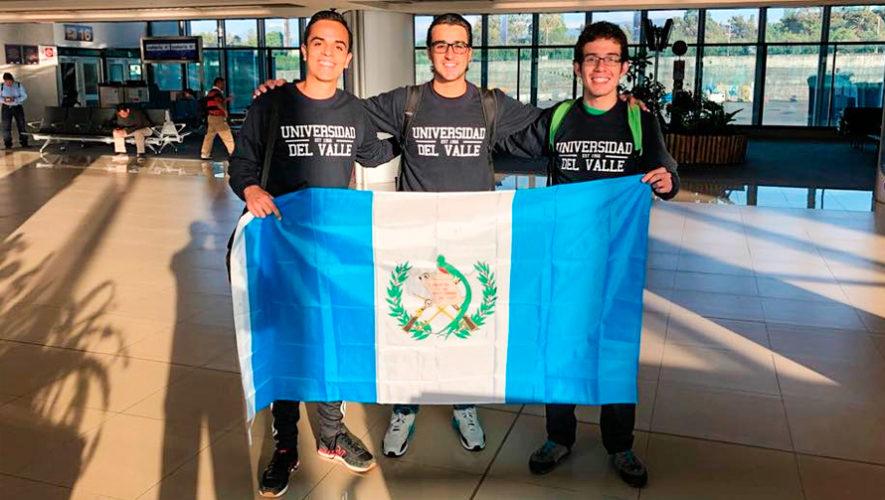 Estudiantes participan en el Campeonato Mundial Universitario de Debate en Chile