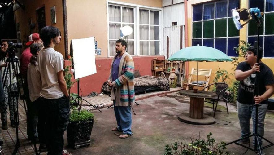 Charla y proyección con el cineasta guatemalteco Rodolfo Espinosa | FILGUA 2018