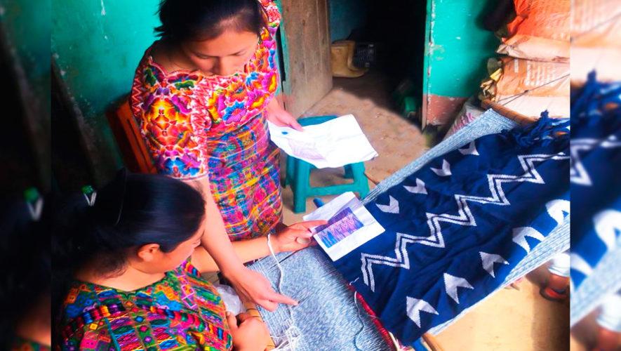 Maya Loom, cojines elaborados por mujeres guatemaltecas