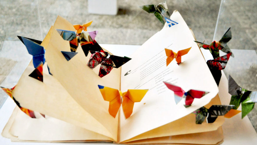 Taller para aprender a hacer un libro artístico artesanal   FILGUA 2018