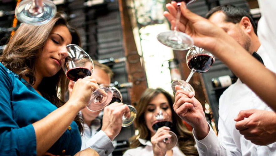 Curso de vinos italianos en Guatemala   Agosto 2018