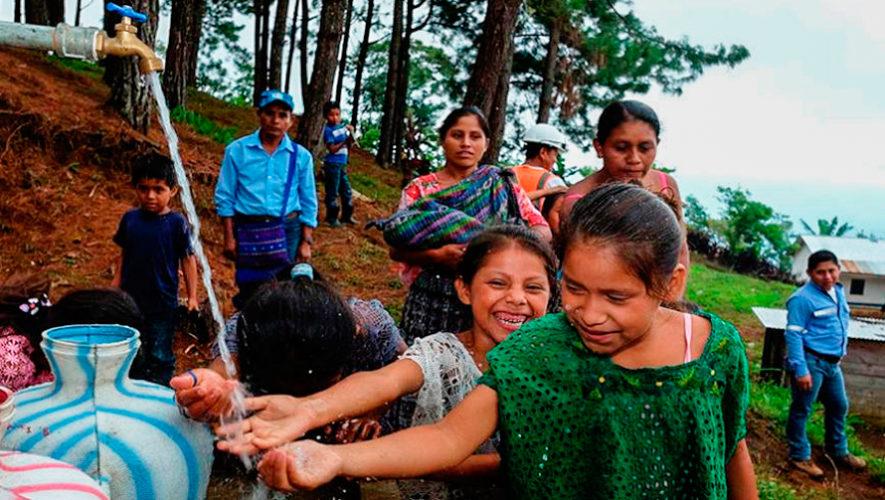 Renace donó Pilas Comunitarias a 2,900 personas de Alta Verapaz y ahora reciben agua potable