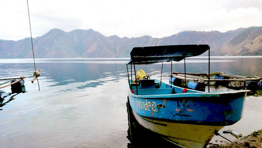 Viaje y paseo en lancha por la Laguna de Ayarza | Agosto 2018