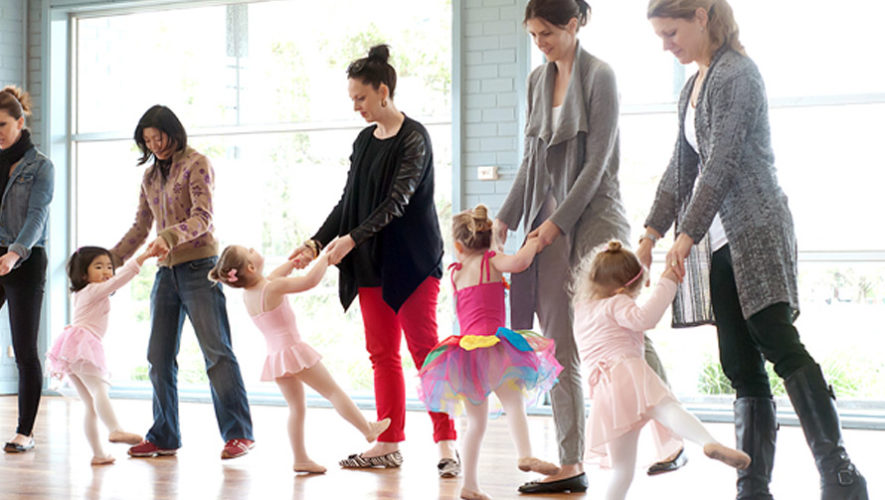 Clases de baile gratuitas para mamás e hijos   Septiembre 2018