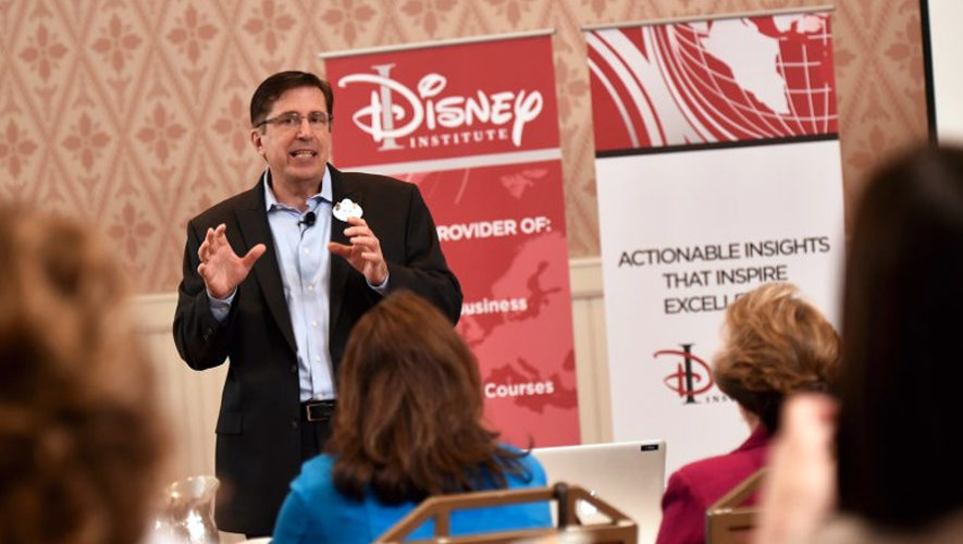 Conferencia gratuita, con experto de Disney, acerca del servicio al cliente | Septiembre 2018