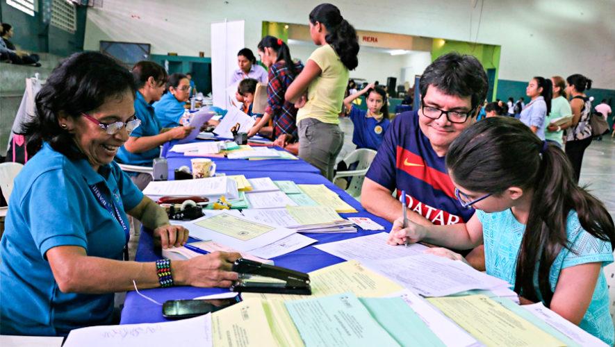 Convocatoria de becas para estudiar en universidades de Guatemala, 2018