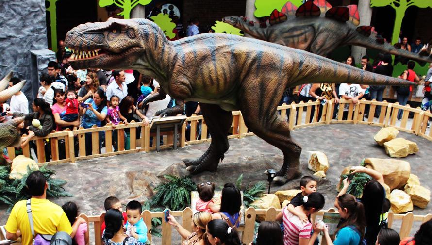 Expedición jurásica con dinosaurios animados