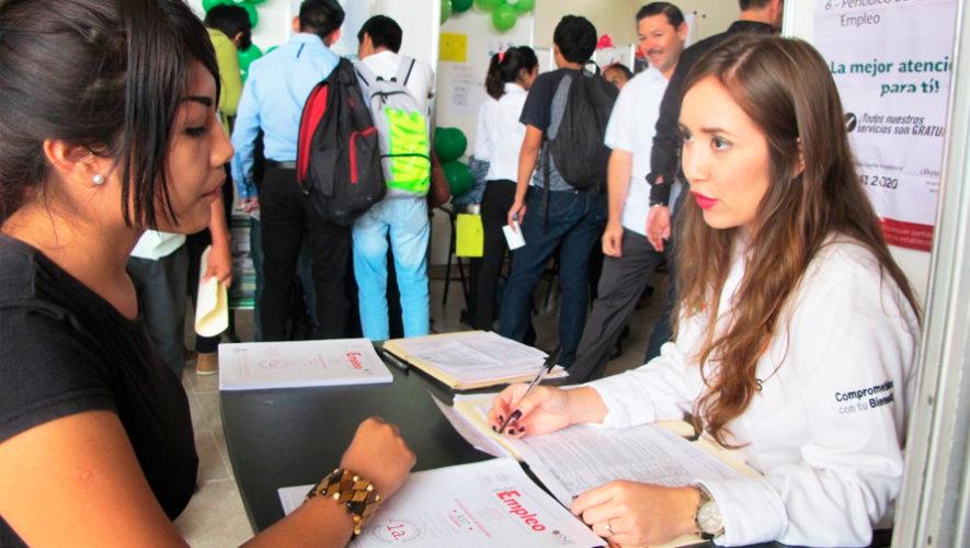 Feria de empleo para recién graduados en la Ciudad de Guatemala