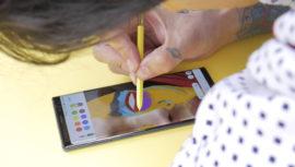 Hersson Noé impresionó con sus dibujos desde teléfono celular