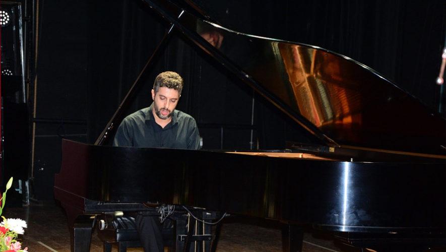 Concierto gratuito de piano a cargo del español Javier Negrín   Octubre 2018