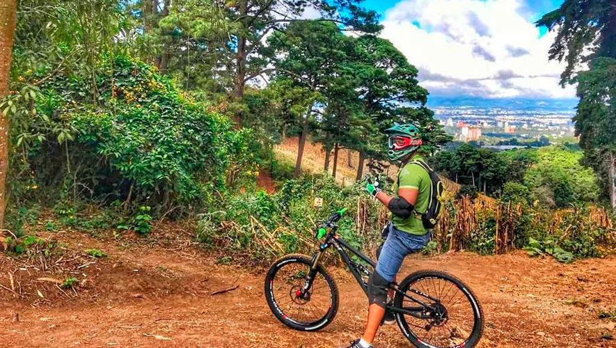 Parques-para-hacer-bicicleta-de-montana-MTB-cerca-de-la-Ciudad-de-Guatemala