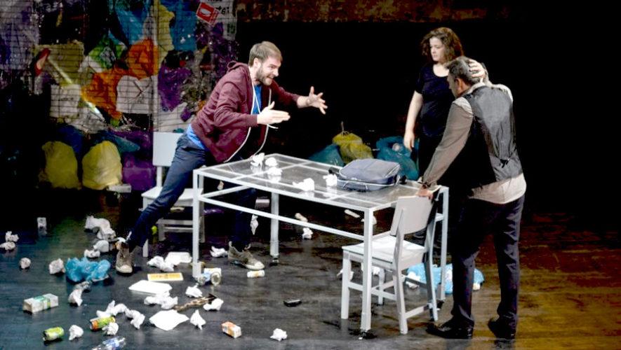 Taller gratuito de dramaturgia teatral con el español Quique Bazo | Octubre 2018