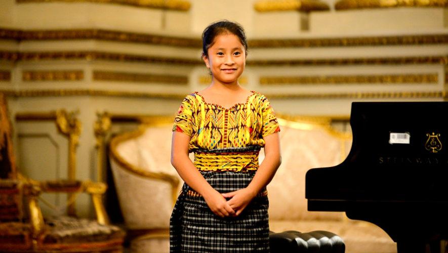 Yahaira Tubac es una niña prodigio del piano, según Diario El Clarín
