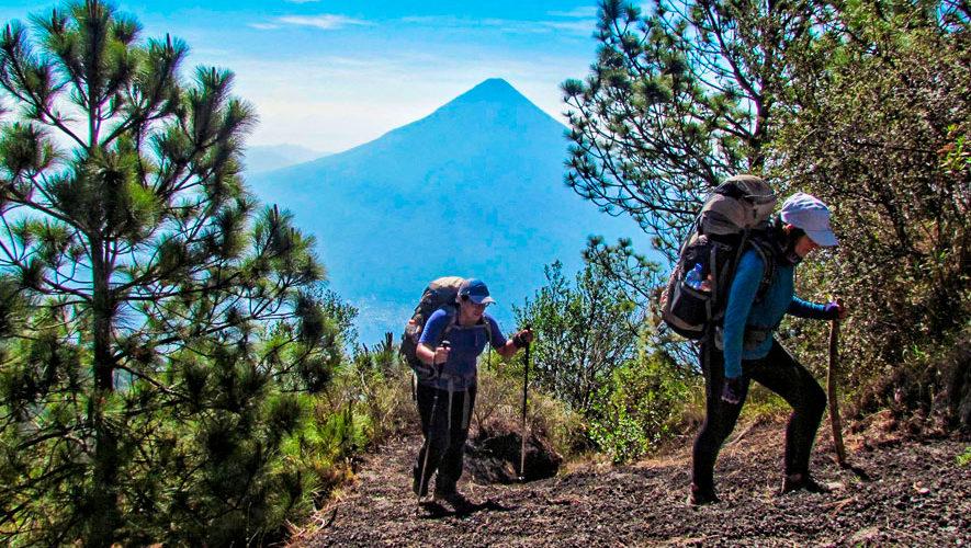 La Trilogía: Escala los volcanes de Agua, Fuego y Acatenango | Noviembre 2018