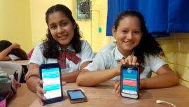 Más de 20,800 mujeres han recibido capacitaciones de tecnología