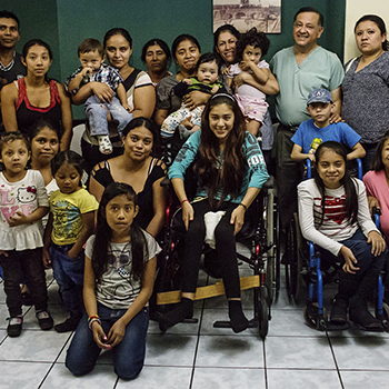 Rifa 1 millón de amigos para Obras Sociales del Santo Hermano Pedro en Guatemala