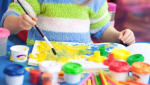 Taller de pintura para niños con tintas naturales en Antigua | Octubre 2018