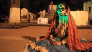 Teatro: La Calle Donde Tú Vives en el Cementerio General de Antigua | Octubre 2018