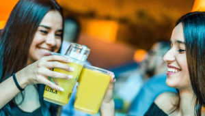 Todo lo que puedas tomar de octavos en Bar Catrina | Octubre 2018