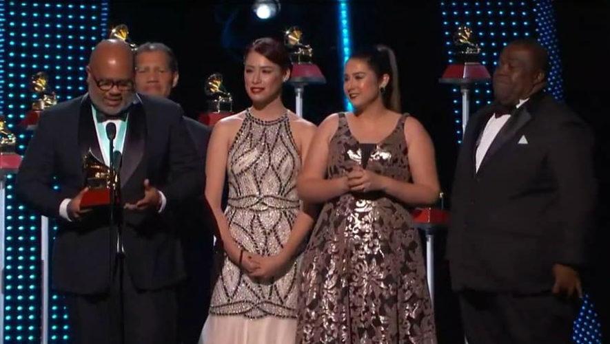 Alfareros, banda a la que pertenece una guatemalteca ganó el Latin Grammy 2018