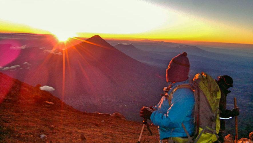 Ascenso nocturno en el volcán Acatenango | Noviembre 2018