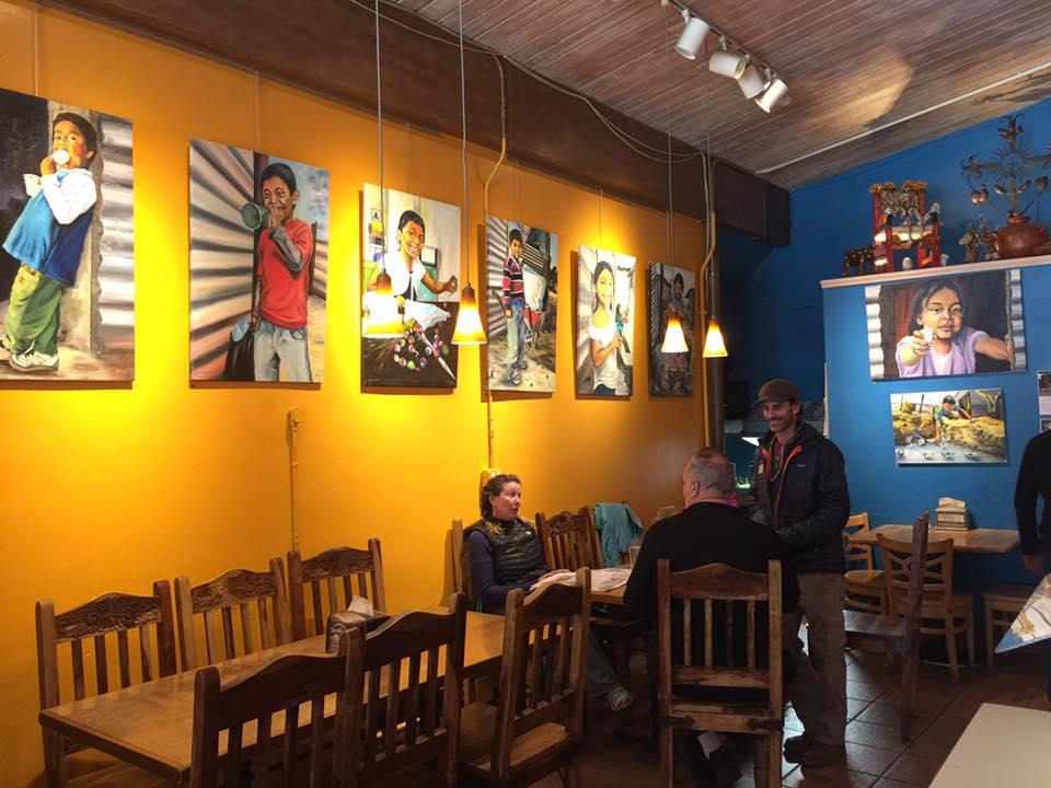 Ayuda a las familias de escasos recursos Benedicto Ixtamer
