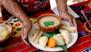 Clase de cocina ancestral a beneficio de familias necesitadas | Noviembre 2018